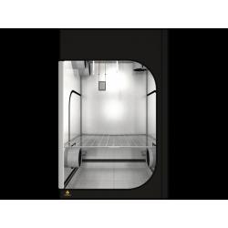 DR150 R3.00 - Dark Room...